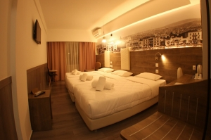 TRIPLE ROOM, Hotel Metropolitan | Thessaloniki hotels | Thessaloniki | Macedonia | Greece